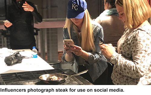 Checkoff Workshop Helps Digital Influencers Tell Beef Story